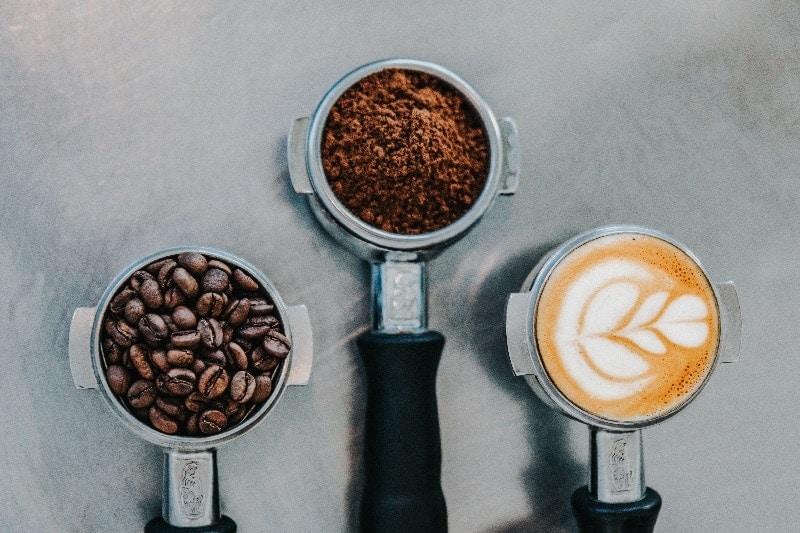 tri páky z kávovaru