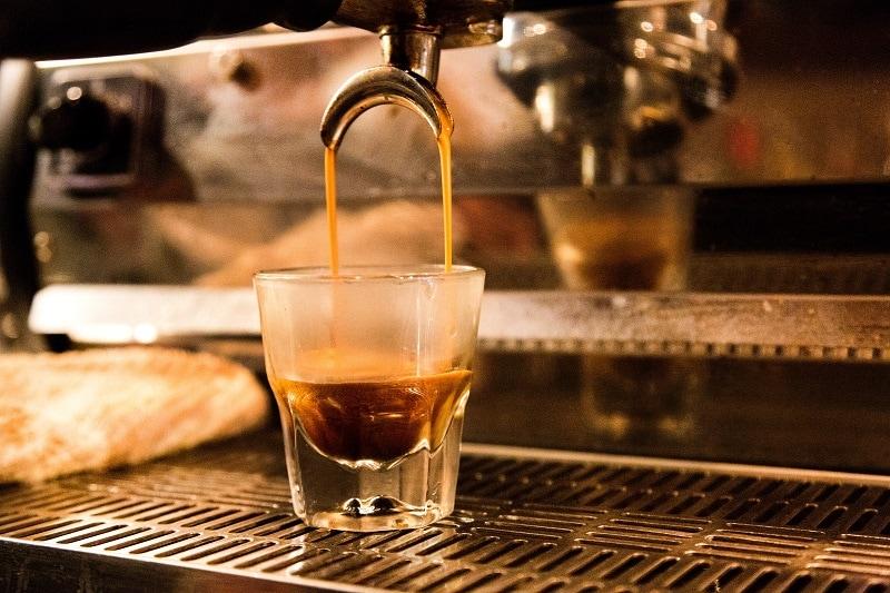 správna extrakcia espresso kávy