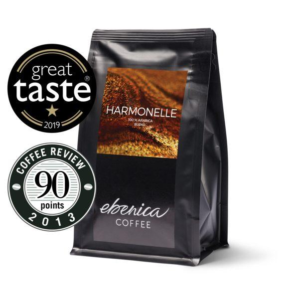 balenie kávy Ebenica Harmonelle Great Taste