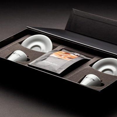 Darčeková kazeta so šálkami a kávou