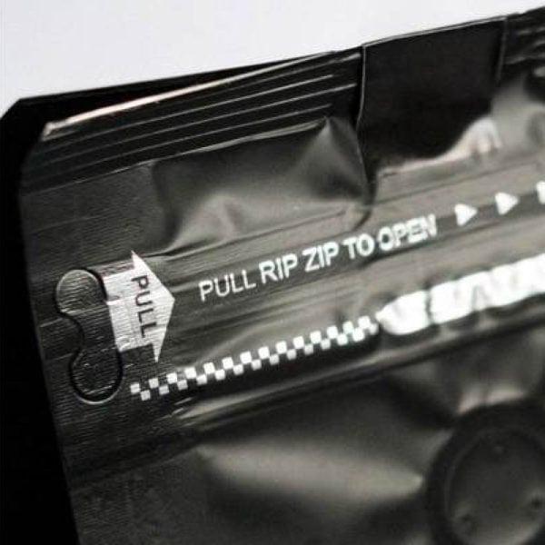detail zatvárateľného ZIP LOCK obalu