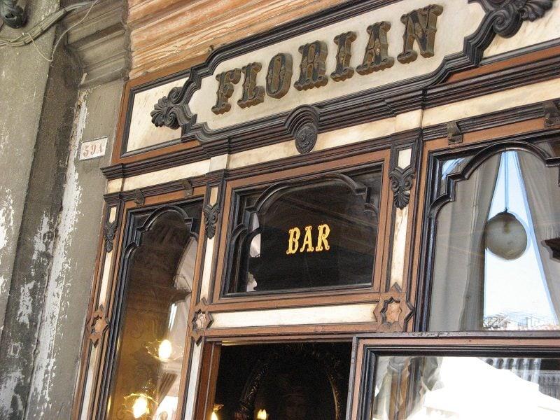 najstaršia talianska kaviareň Florián