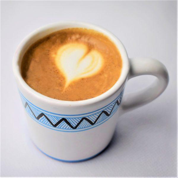 salka-na-kavu-majolika-espresso-mliekom
