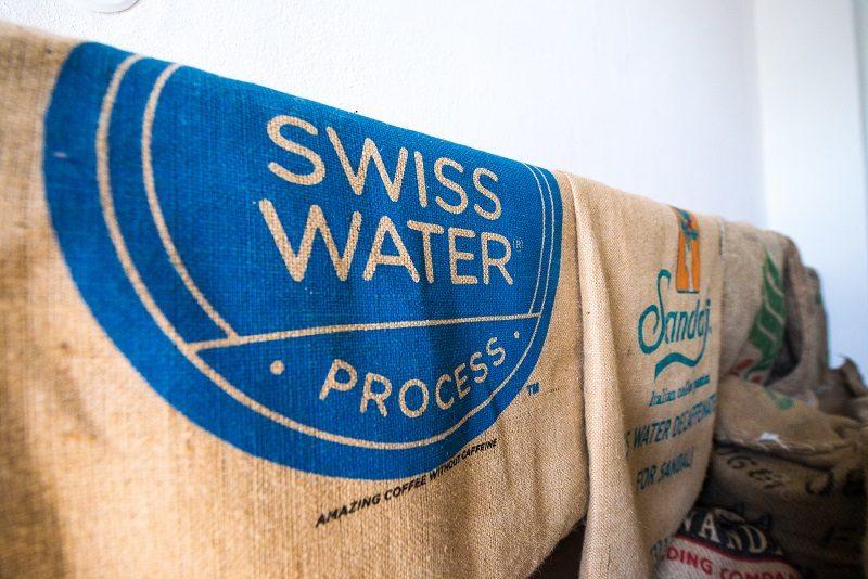 prázdne jutové vrece s logom swiss water process