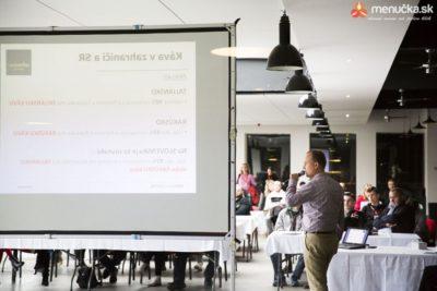 Marek Fajčík prezentuje Ebenicu na festivale