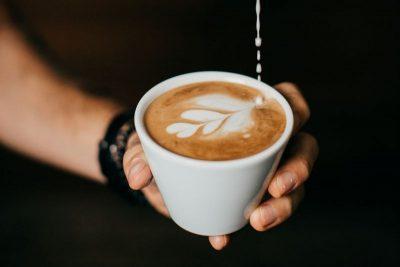 príprava latte art rosetta