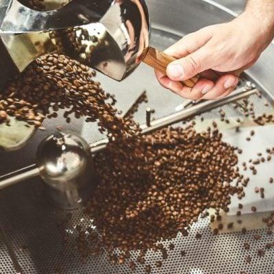 Praženie kávy: od zrnka k šálke