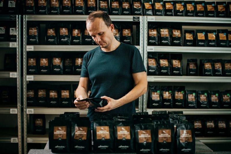 Marek v našom sklade kávy
