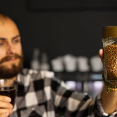 KÁVOVLOG #9: Piť či nepiť instantnú kávu?